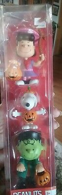 """NEW! PEANUTS Halloween Set of 3 PVC Figures Charlie Brown Snoopy & Lucy 3"""" Tall"""