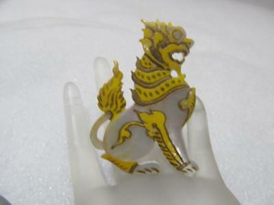 Vintage~Antique Chinese Hand Carved Mother of Pearl MOP Foo Dog Lion Brooch