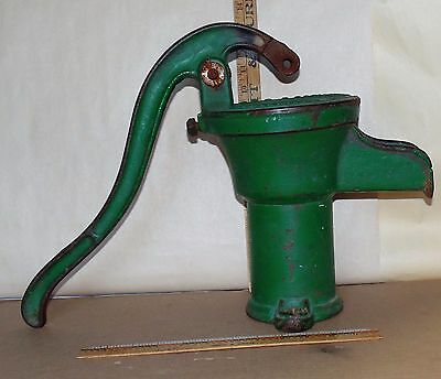 ANTIQUE Well Water Hand Pump Cast Iron HUMPHREYS MFG.MANSFIELD OH - Decro