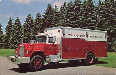 (#562) 1978 Mack Saulsbury Rescue Fire Engine Truck 1980s AV Postcard