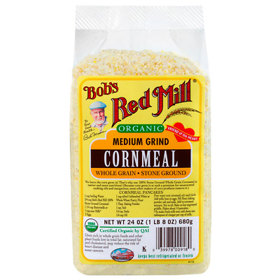 Bob's Red Mill Organic Medium Grind Cornmeal 24 oz (680 g) Pkg