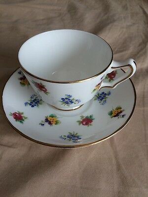 Vintage Crown Staffordshire Fine Bone China England Teacup&saucer Roses&pansies