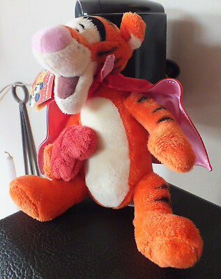 Disney Store Superlove Tigger cape & heart