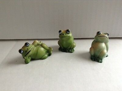 Vintage Plastic Frogs Set of 3 Made In Hong Kong