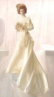 Gorgeous Mint Condition Gibson Girl Porcelain Bride Doll Franklin Heirloom Mint