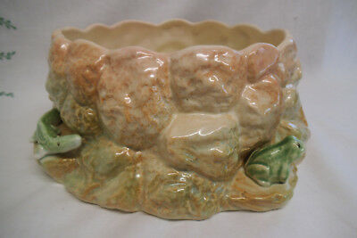 Vintage Sylvac Bowl With Frogs and Lizard - Style 469