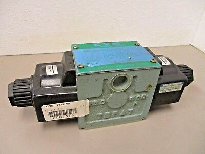 Kayaba Kyb Dsgs-Adb-03-A110-M6-1 Directional Valve  W-31-14 Coil New!!