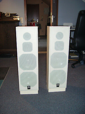 dynaudio audience 15 black stand lautsprecher made in denmark 1 paar eur 199 99. Black Bedroom Furniture Sets. Home Design Ideas