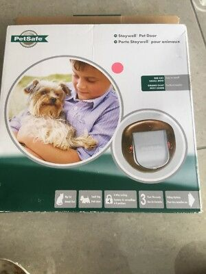 Pet safe Stay well Pet Door Small Dog Or Cat