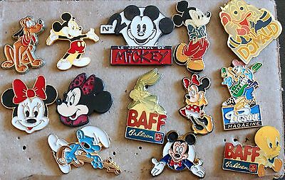 Lot n°13 de 13 pins Mickey, Donald, Titi