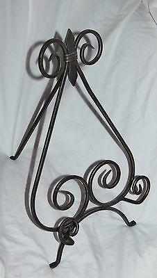 Large Wrought Iron Ornate Gray Stand Alone Table Top Picture Stand Easel!
