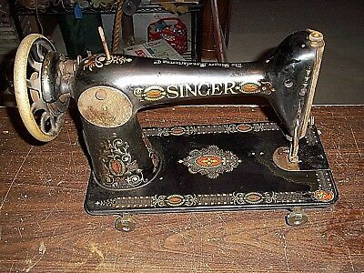 Singer / Treadle Sewing Machine Head