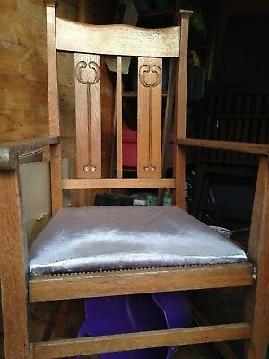 Arts and Crafts oak carver dinning chair