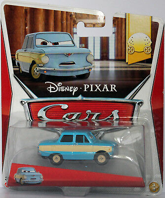 cars transforming lightning mcqueen disney mattel die cast. Black Bedroom Furniture Sets. Home Design Ideas