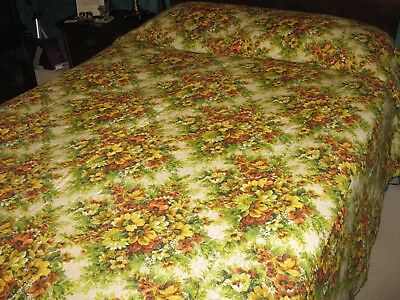 Vintage 1970's Queen Size Bedspread Autumn Colors Green Orange Gold Floral