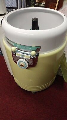 1950's Round Wizard Wringer Washer - Original - Yellow - White - Teal - L@@K