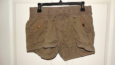 Womans Old Navy Maternity Shorts Size Small Color Brown 100%cotton