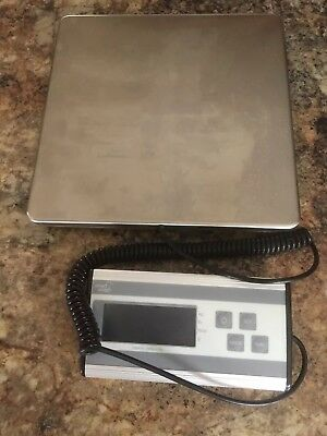 Smart Weigh Digital scale - weighs up to 440lbs.  Used once- excellent condition