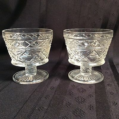 A pair of vintage pressed glass fruit cups; decorative and ornate    (ZZ    N 2)