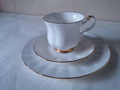 Royal Knight Bone China 3-tlg Kaffee Gedeck Goldrand Sammelgedeck Madein England