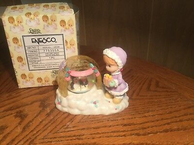 Enesco Precious Moments Waterglobe- Girl with Igloo