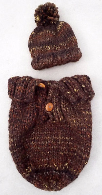 NEW HAND KNIT Infant Baby Cocoon Snuggler Pod & Pom Pom Hat Photography Prop
