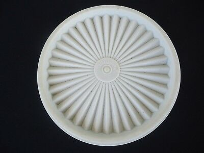 vintage tupperware canister pleated lid  15 cm 810-12 off white