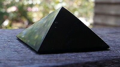 35mm Shungite Pyramid  - Miracle Healing Stone - EMF protection