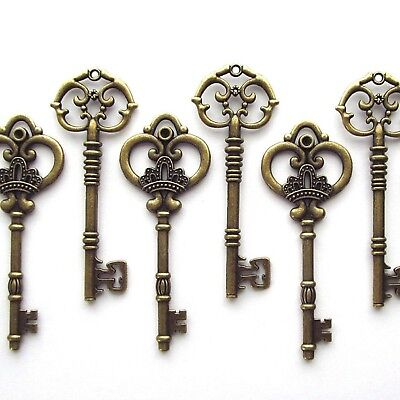 Makhry Mixed Set of 20 Extra Large Skeleton Keys in Antique Bronze - Set of 2...