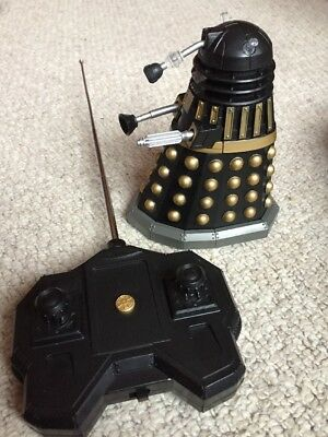"Doctor Who Figure 5"" Remote Control Black & Gold Battle Dalek - Exterminate"