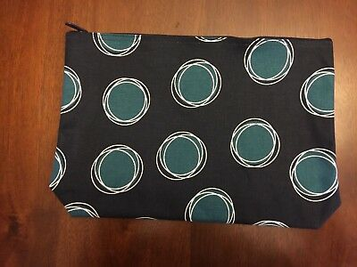 THIRTY ONE ZIPPER POUCH (La-Di-Dot) *New in packaging