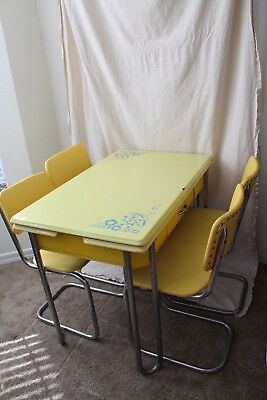 1940s Vintage Yellow Metal Enamel Top Table and Four Chairs