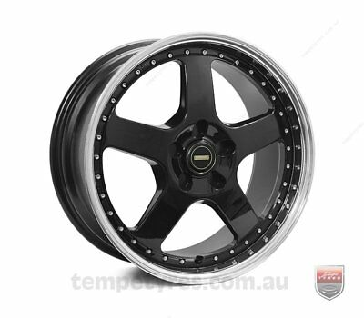 VW TIGUAN WHEELS PACKAGE: 18x8.5 18x9.5 Simmons FR-1 Gloss Black and Kumho Tyres