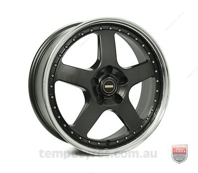 VW TIGUAN WHEELS PACKAGE: 18x7.0 18x8.5 Simmons FR-1 Hyper Dark and Kumho Tyres