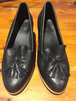Leather Navy Ladies Shoes Size 7 1/2