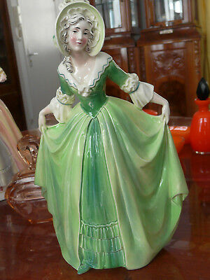 ART DECO rare porcelaine woman porcelain signed Katzhutte