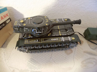 Japan Modern Toys M40 Kabelfernbedienung Battery Powered BLECH-Kunststoff PANZER