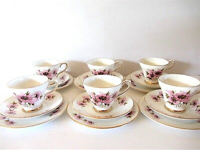 A Beautiful Sutherland 18 Piece Tea Set Pink Floral Design Excellent Condition