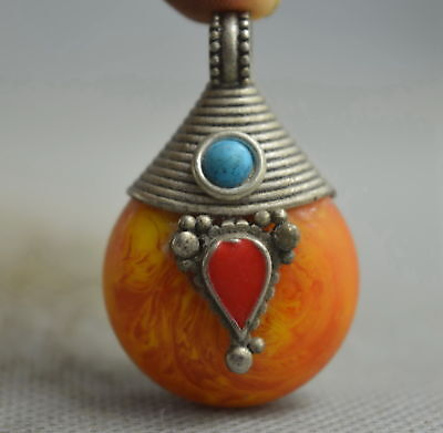 Collectable Handmade Decor Old Miao Silver Carve Totem Inlay Amber Lucky Pendant