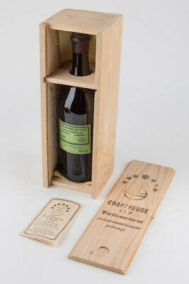 La Chartreuse VEP Bottle and Wood Presentation Box, French Packaging, Very Good