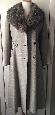 Womens Vintage Gray Coat with Fur Collar Size M/L