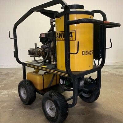 Used Hydro Tek 3 PH / Natural Gas 4.5GPM @ 3500PSI Pressure Washer