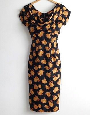 Beautiful 50s 60s Silk Printed Vintage Wiggle Dress