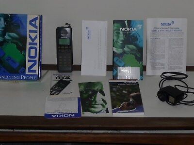 Vintage Nokia 104 Compact Mobile Phone - Brick - Boxed - Parts or Repair Only