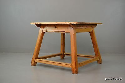 Early 20th Century Arts & Crafts Style Rustic Pine Dining Table