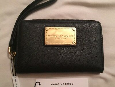 New With Tags Marc Jacobs  Phone Wallet / Wristlet Black
