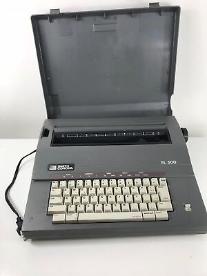 Smith Corona SL 500 Electric Portable Typewriter With Keyboard Cover Works