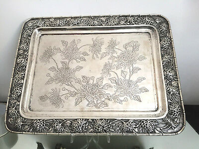 """Tray, China  export solid silver   """"Luen Wo"""" Shanghai 1700 gr, on 4 feet"""
