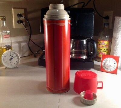 Vintage Red & Orange 1974 1 Quart Glass-Lined Vacuum King-Seeley Thermos ~ Nice