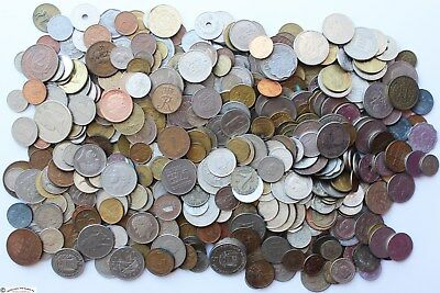 WORLD WIDE COINS LOT OF 5 POUNDS AND 13 Oz. NICE ASSORTMENT.